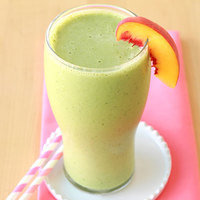Healthy Breakfast in 10 Minutes or Less: Peaches & Greens Smoothie