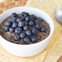 Make-Ahead Breakfast: Slow-Cooker Blueberry Oatmeal