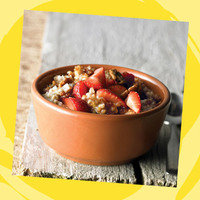 Panera Meal with 350 Calories or Less: Steel Cut Oatmeal with Strawberries & Pecans
