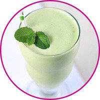 Healthy HG Swaps for Trendy Drinks: Clean & Green Shamrock Shake