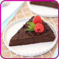 Swaps for Food Fakers: Fudgy Flourless Chocolate Cake