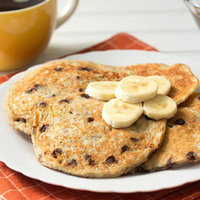 Healthy Hungry Girl Protein-Packed Recipes: 5-Ingredient Banana-Chocolate Pancakes