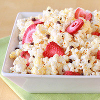 State Fair Food Swap: Instead of Standard Kettle Corn... Chocolate Strawberry Popcorn!