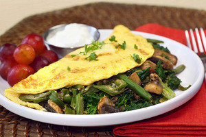 Healthy Recipes with Large Portion Sizes: Big Green Omelette