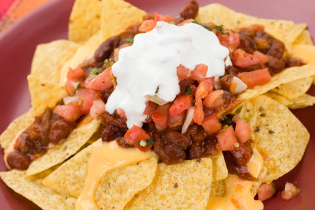 Ooey-Gooey Chili Cheese Nachos