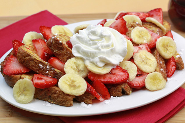 Big Banana-Berry French Toast