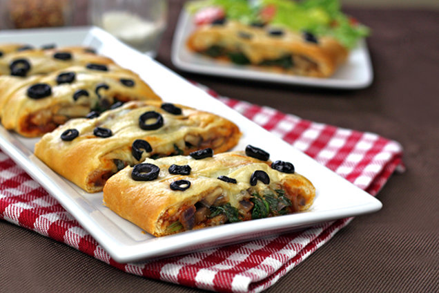 Super-Savory Calzone Danish