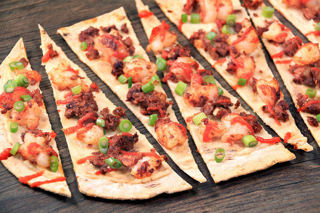 Hungry Girl's Healthy Chorizo Shrimp Flatbread Recipe