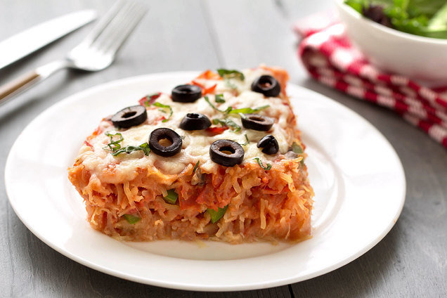 Hungry Girl's Healthy Spaghetti Squash Pizza Pie Recipe