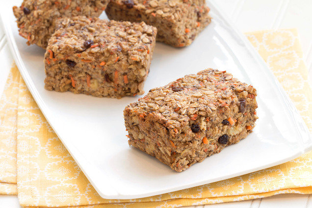 Hungry Girl's Healthy Carrot Cake Oatmeal Bake Recipe