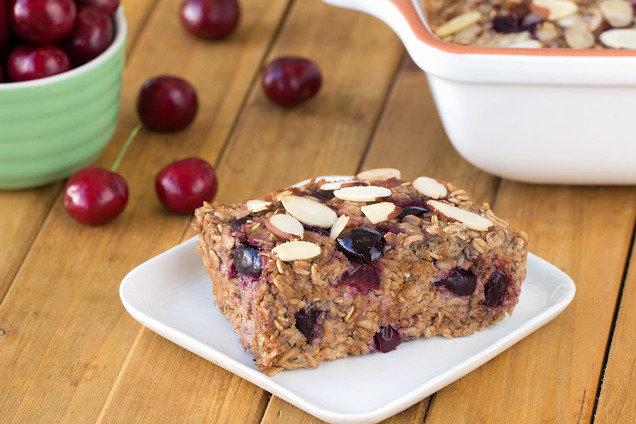 Hungry Girl S Healthy Cherry Pie Oatmeal Bake Recipe