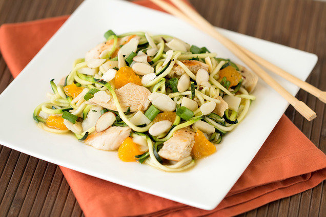 Hungry Girl's Healthy Zucchini-Noodle Chinese Chicken Salad Recipe