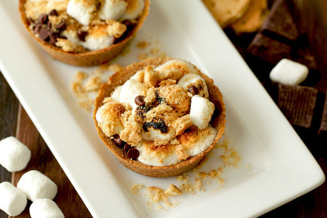 Hungry Girl's Low-Calorie Personal S'mores Pies Recipe