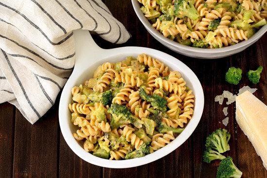 Hungry Girl's Healthy Too-EZ Mac 'n Cheese Recipe