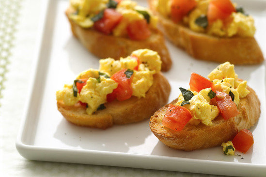 Hungry Girl's Healthy Breakfast Bruschetta Recipe