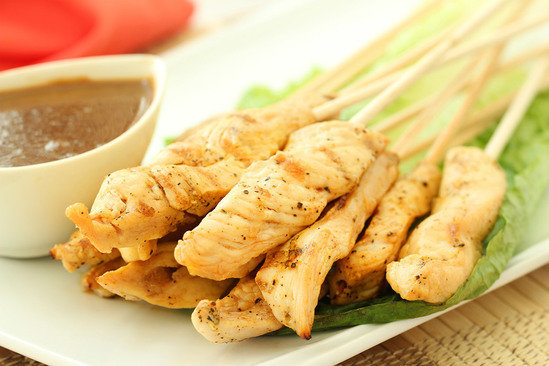 Hungry Girl's Healthy Hip-Hip-Hooray Chicken Satay Recipe