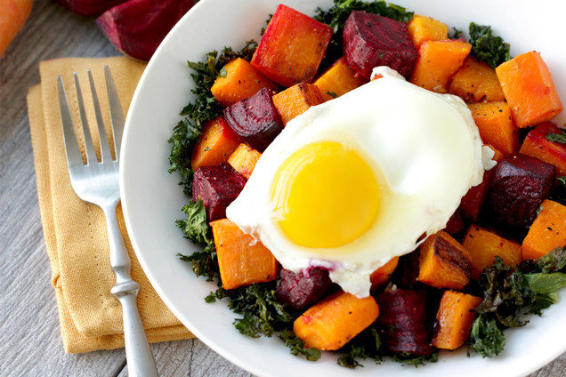 Hungry Girl's Healthy Roasted Veggie Egg Power Bowl