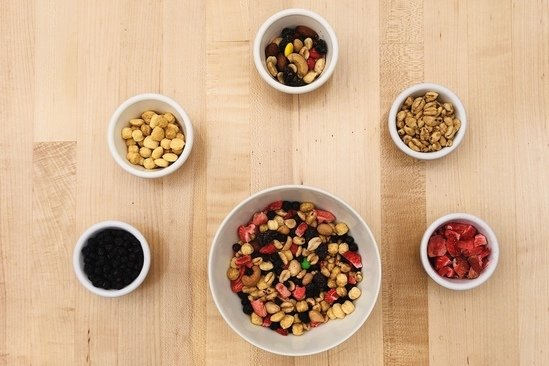 Hungry Girl's Healthy Supersized Trail Mix Recipe