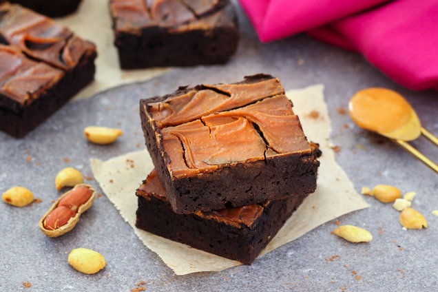 Hungry Girl's Healthy Flourless Peanut Butter Brownies Recipe