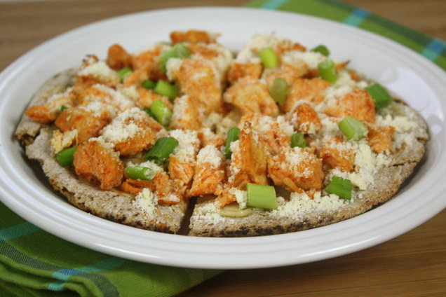Hungry Girl's Healthy American Buffalo Chicken Pizza Recipe
