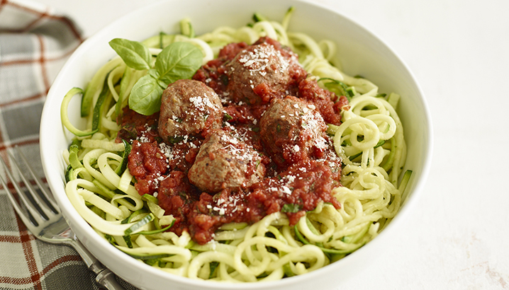 Hungry-Girl Video: Z'paghetti & Meatballs (Clean & Hungry!)