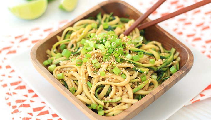 Hungry-Girl Video: Cold Sesame Zucchini Noodles!