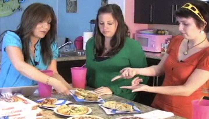 Hungry-Girl Video: Sponsored Video: HG Tries Lean Cuisine's Casual Cuisine Meals!
