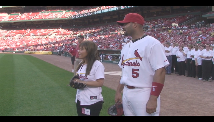 Hungry-Girl Video: Hungry Girl Throws the 1st Pitch at the Cardinals Game!