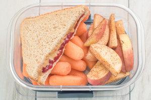 Kiddie-Style Snack Box
