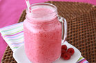 Hungry Girl's Healthy Creamy Coconut Raspberry Smoothie Recipe