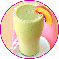 Healthy HG Swaps for Trendy Drinks: Peaches & Greens Smoothie