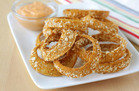 Crispy Onion Rings with Sriracha Dipping Sauce