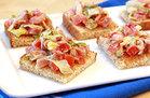 BLT Toasts (109 calories)