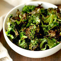 Two-Ingredient Recipes: Baked Kale Chips