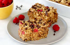 Hungry Girl's Healthy Raspberry Chocolate Chip Oatmeal Bake Recipe
