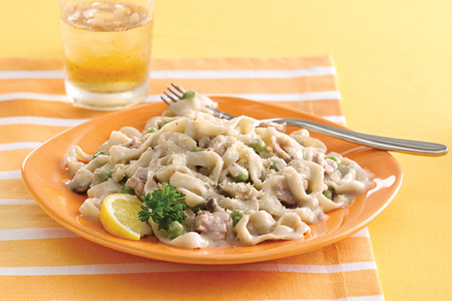Low-Calorie Low-Carb Tuna Noodle Casserole Recipe