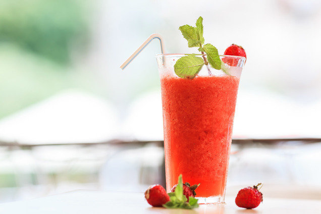 Hungry Girl's Healthy Slammin' Strawberry Daiquiri Recipe