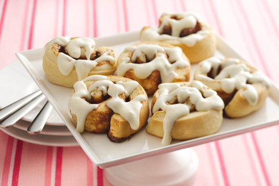 Gooey Cinnamon Rolls With Cream Cheese Icing