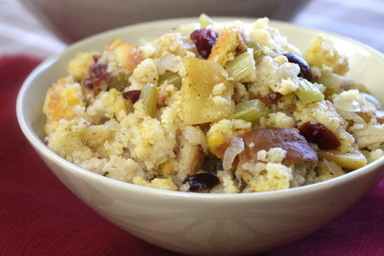 Hungry Girl's Healthy Cran-tastic Apple Cornbread Stuffing Recipe
