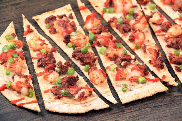 Hungry Girl's Healthy Chorizo Shrimp Flatbread Recipe