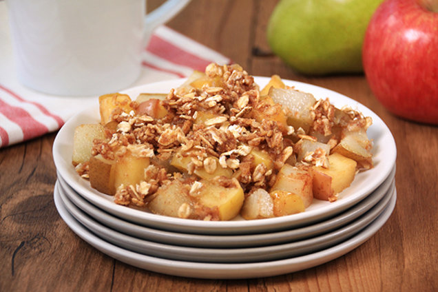 Hungry Girl's Healthy Apple-Pear Crumble Recipe