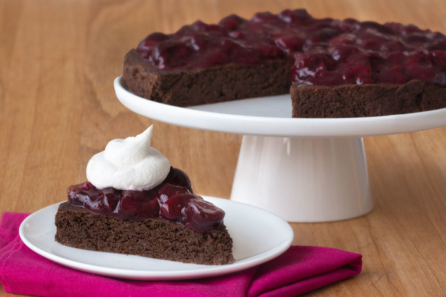 Hungry Girl's Healthy Flourless Black Forest Cake Recipe