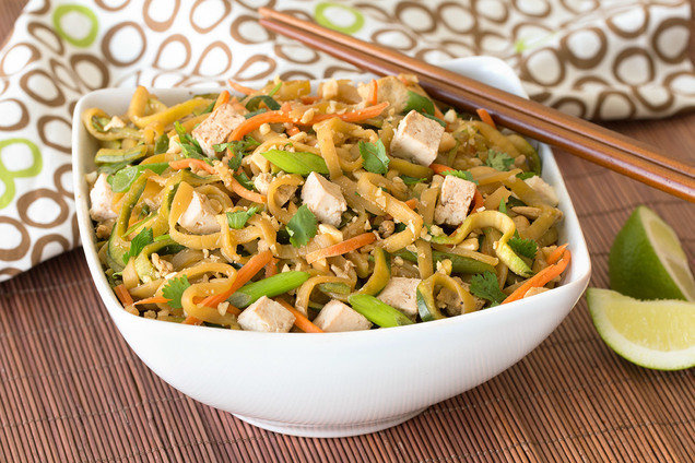Hungry Girl's Healthy Zucchini Noodle Pad Thai Recipe