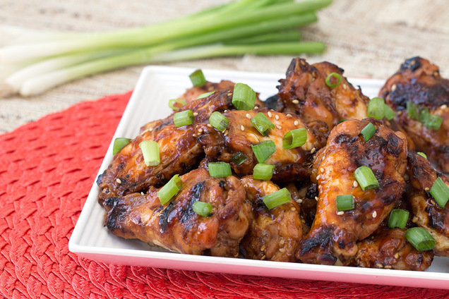 Hungry Girl's Healthy Sriracha Teriyaki Wings Recipe