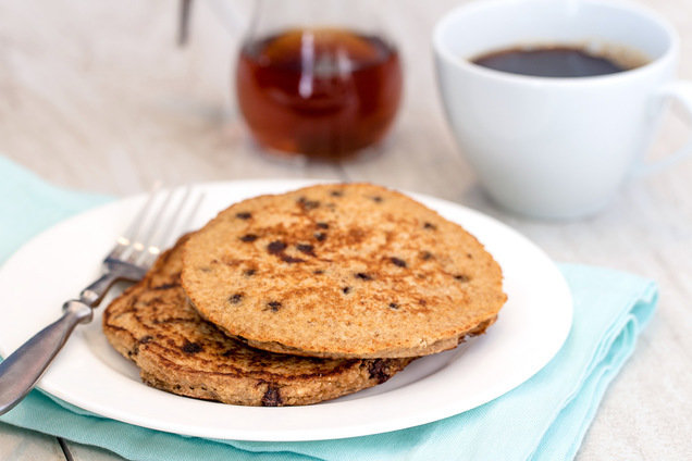 Hungry Girl's Healthy Peanut Butter & Chocolate Pancakes Recipe
