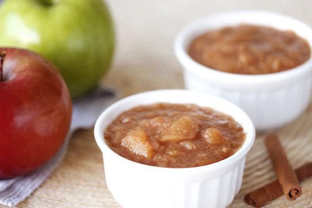 Hungry Girl's Healthy Slow-Cooker Cinnamon Applesauce Recipe
