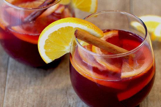 Hungry Girl's Merry Cranberry Orange Sangria Recipe