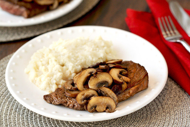 Healthy Steak Recipe With Mushrooms Amp Mashies Hungry Girl