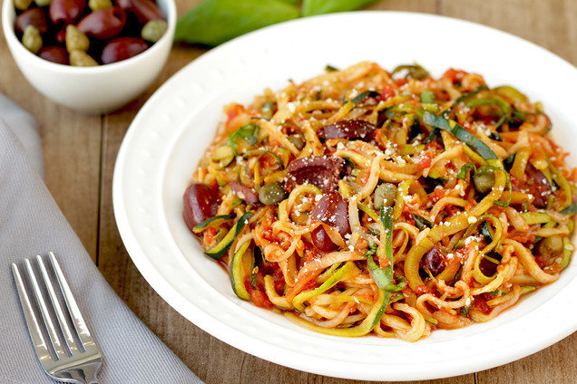 Hungry Girl's Healthy Z'paghetti Puttanesca Recipe