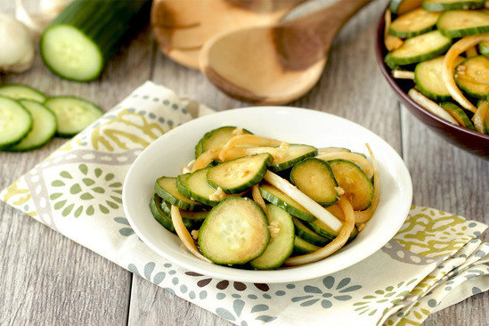 Hungry Girl's Healthy Mmmmm Marinated Cucumber Salad Recipe